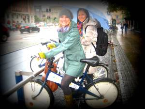Bycyklen: Free  (coin-deposit) bicycle rentals, Copenhagen This October, I traveled with 10 fellow PhD candidates, working at Wageningen University (Netherlands) to Scandinavia to learn about various PhD programmes, build research colloborations and learn about different theoretical approaches to our research topics. In the process, we also became familiar with city planning tactics, by experiencing them.