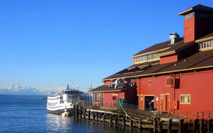 Seattle downtown waterfront on Elliot Bay