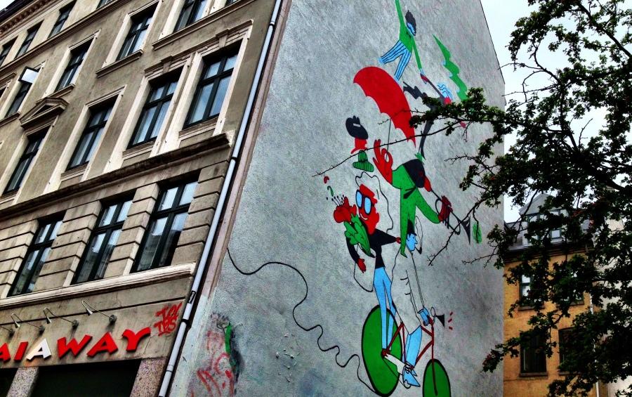 Copenhagen: Even murals feature bikes