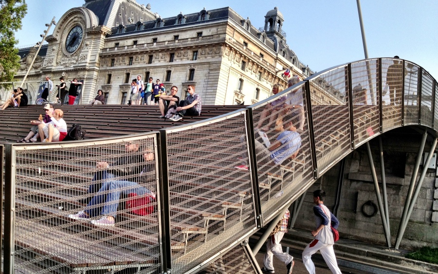 Paris reclaiming the city for cyclists pedestrians an update on les berges the urban observer - Musee d orsay expo ...