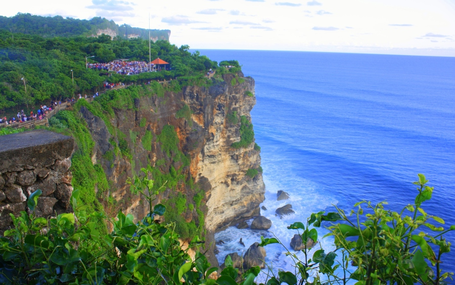Uluwatu Temple - learning about the Hindu Creation story