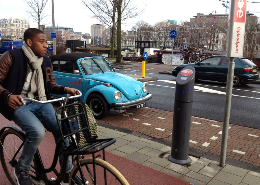 I love the old-style conversion vehicle and I love the charging station is right next to the cycle path - both signs of Amsterdam's strong focus on sustainable mobility.