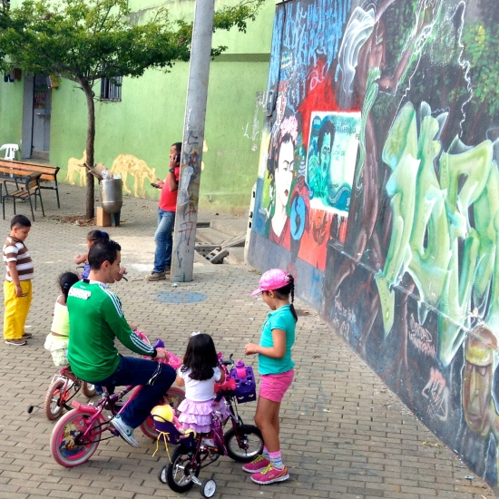 Children play in formally cartel-dominated areas